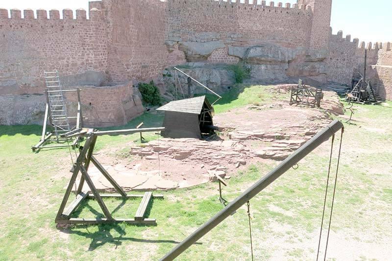 Armas de asedio Castillo de Peracense