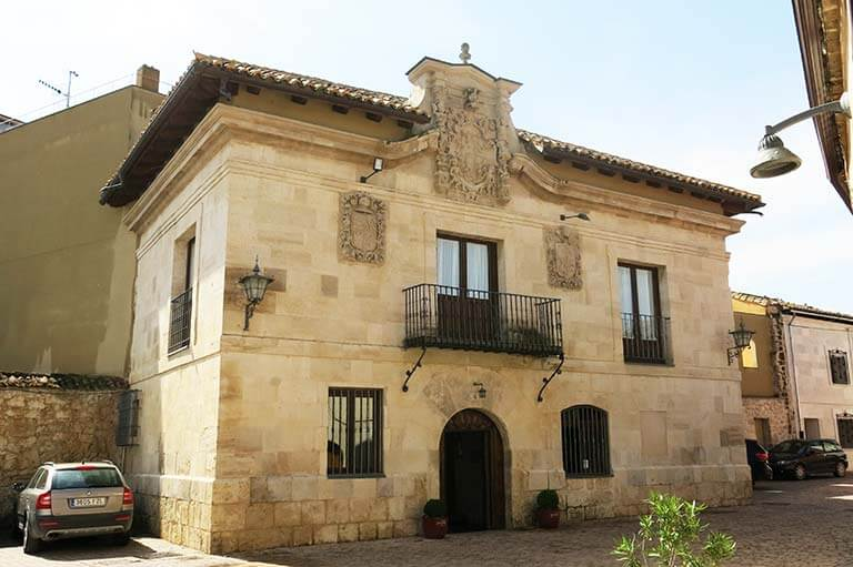 Palacio de los Mendoza, Concejo Hospederia. Valoria la Buena, Valladolid