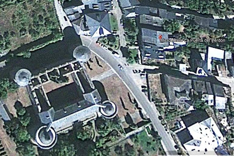 Microhostal La Puerta del Perdon (Google earth 2020-05-11)