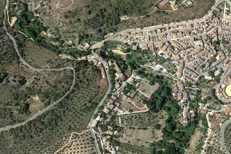 Almedinilla (Google earth 2018-11-06)