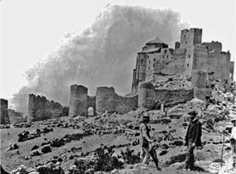 Castillo de Loarre a principios siglo XX