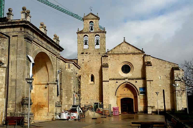 Monasterio de San Juan de Ortega de canónicos regulares (Burgos)