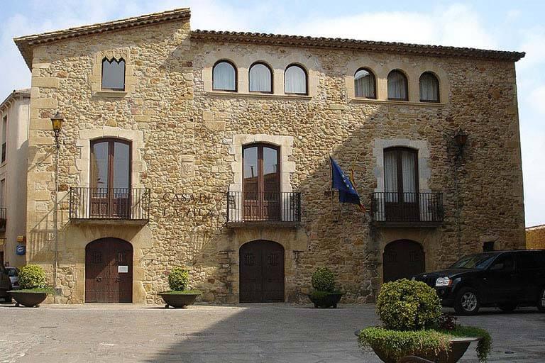 Pals, Girona Casa de la Vila. Foto By Mutari