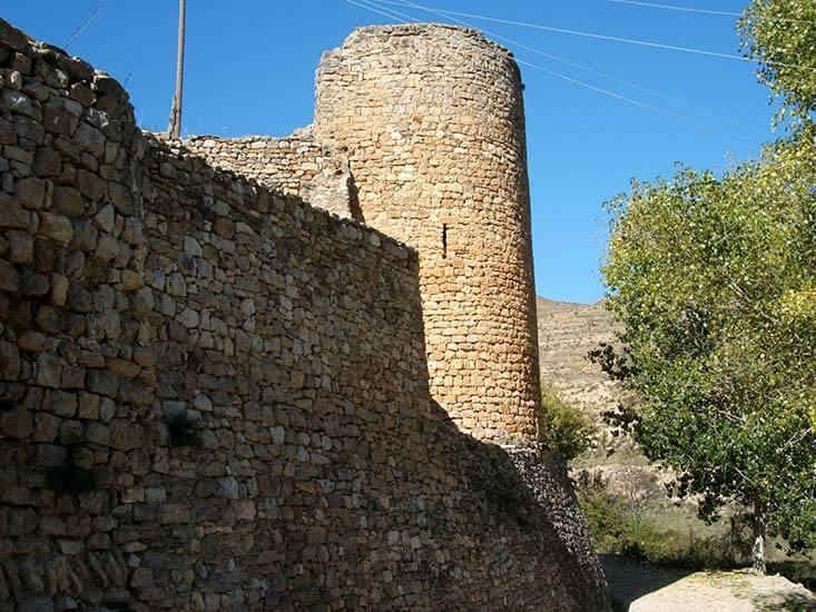 Mirambell Torre-al-costat-Portal de Valero