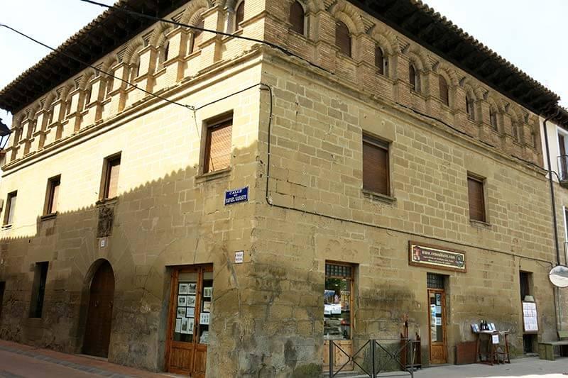 Ayerbe Palacio de los Luna