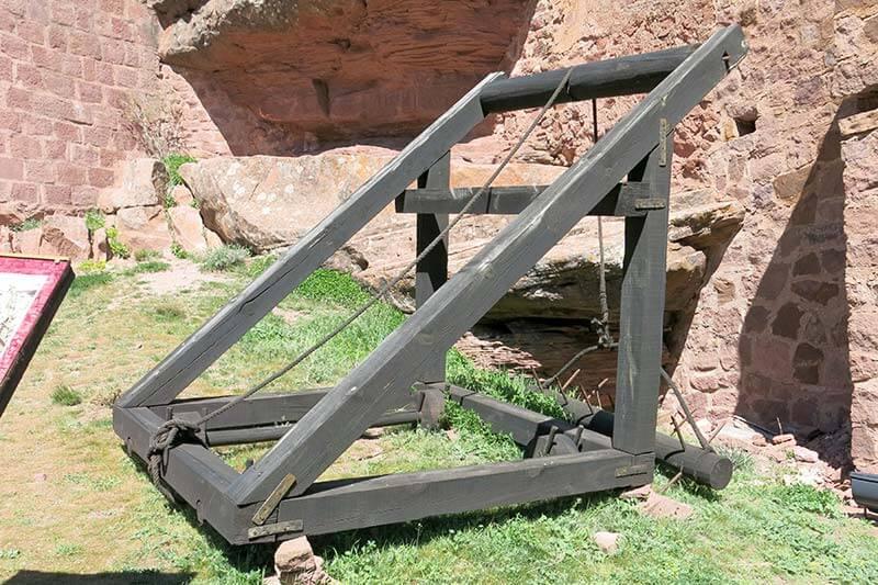 Máquina para la defensa de murallas