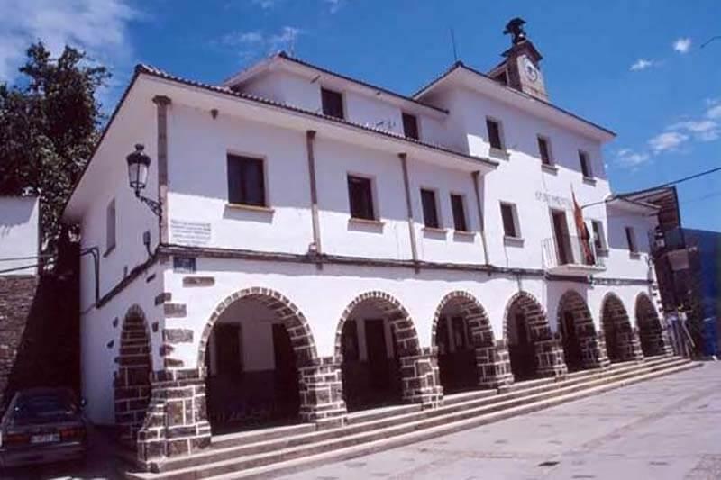 Casares de la Hurdes, ayuntamiento