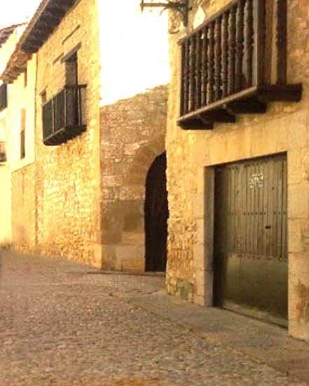 Mirambel calle Mayor