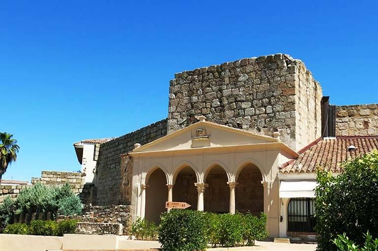 Merida Alcazaba Portico