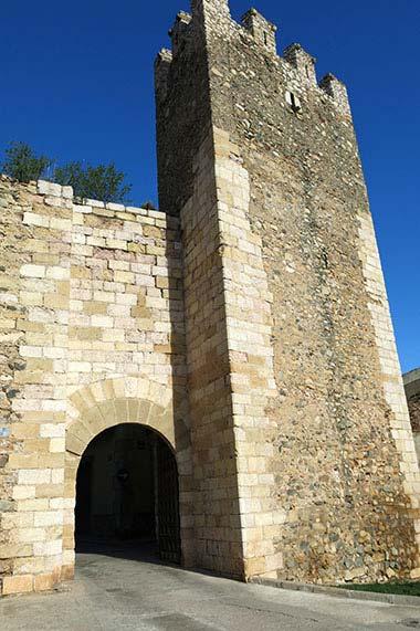 Montblanc Portal del Castla