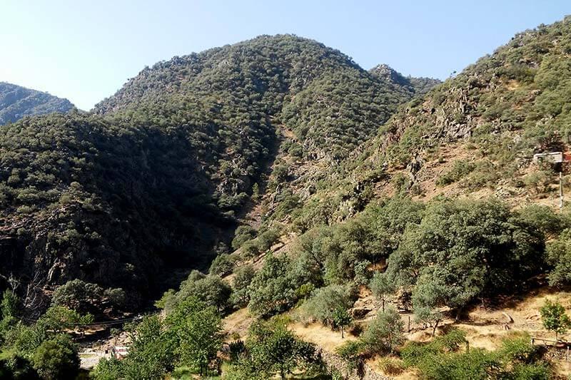 Ruta al Chorro de la Miacera, Las Hurdes