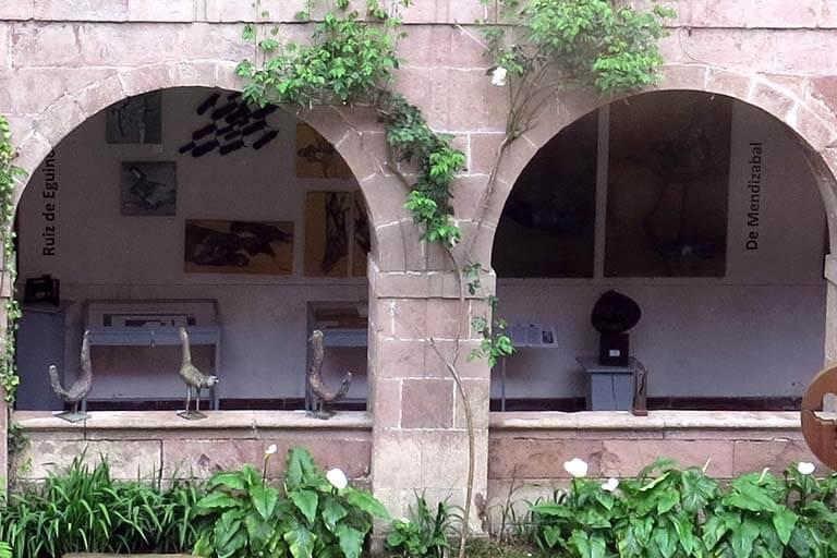 50 años de pintura y escultura vasca Monasterio de Urdax