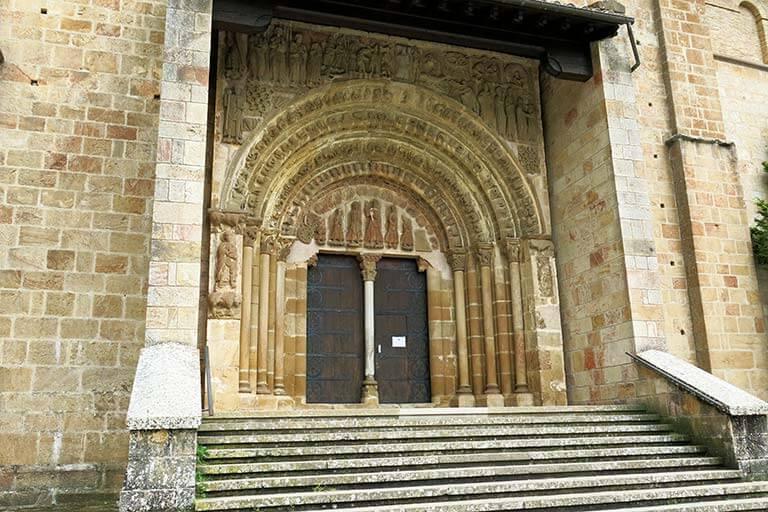 Monasterio-de-Leyre-Porta-Speciosa.jpg
