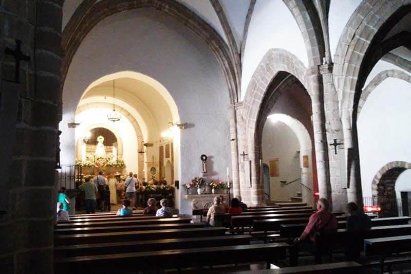 Santuario-de-Nuestra-Señora-de-la-Peña-de-Francia-Dominicos