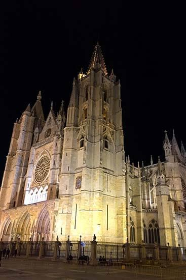 Leon, Catedral