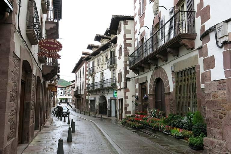 Elizondo, calle Jaime Urrutia
