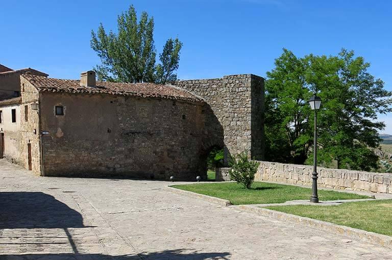 Medinaceli Puerta Arabe