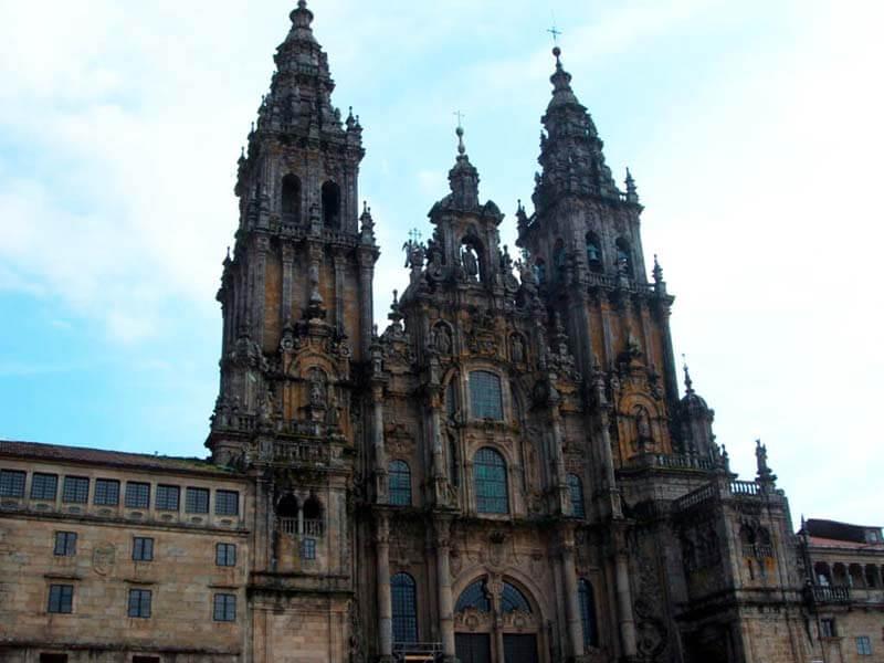 Fachada barroca de la Catedral de Santiago de Compostela