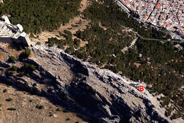 Cruz del Castillo de Jaen (Google maps 2020-08-24)