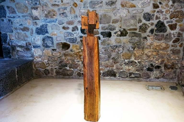 Chillida Ilarik II (Estela), 1954, madera