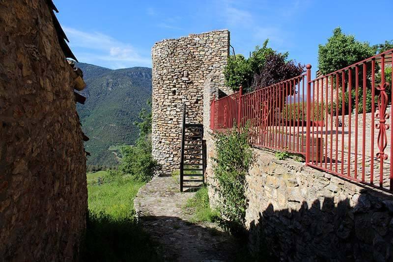 Toloriu-Torre-del-castell