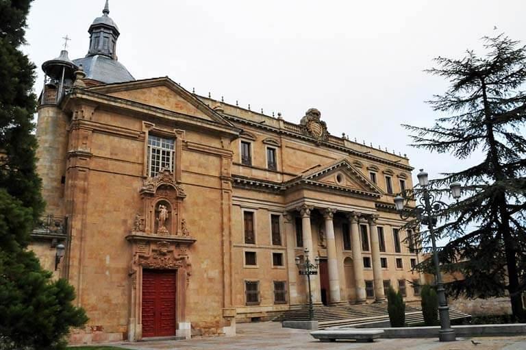 Salamanca, Iglesia de San Sebastián y Palacio de Anaya